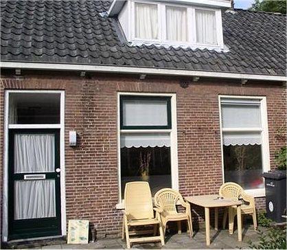 hofje in Franeker voor nog minder