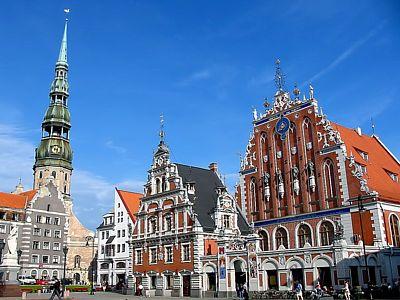 Latvijas Republika, welcome to the Euro!