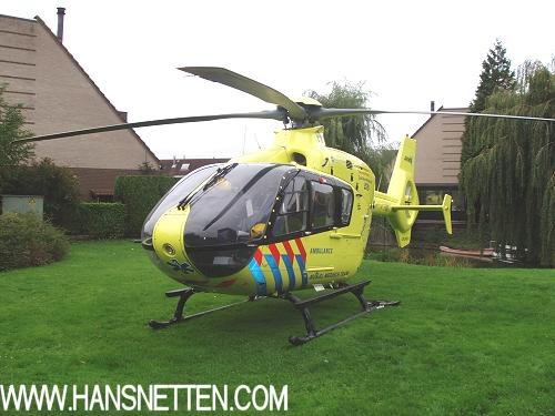 trauma_helicopter_landt_in_zoetermeer_1a.jpg